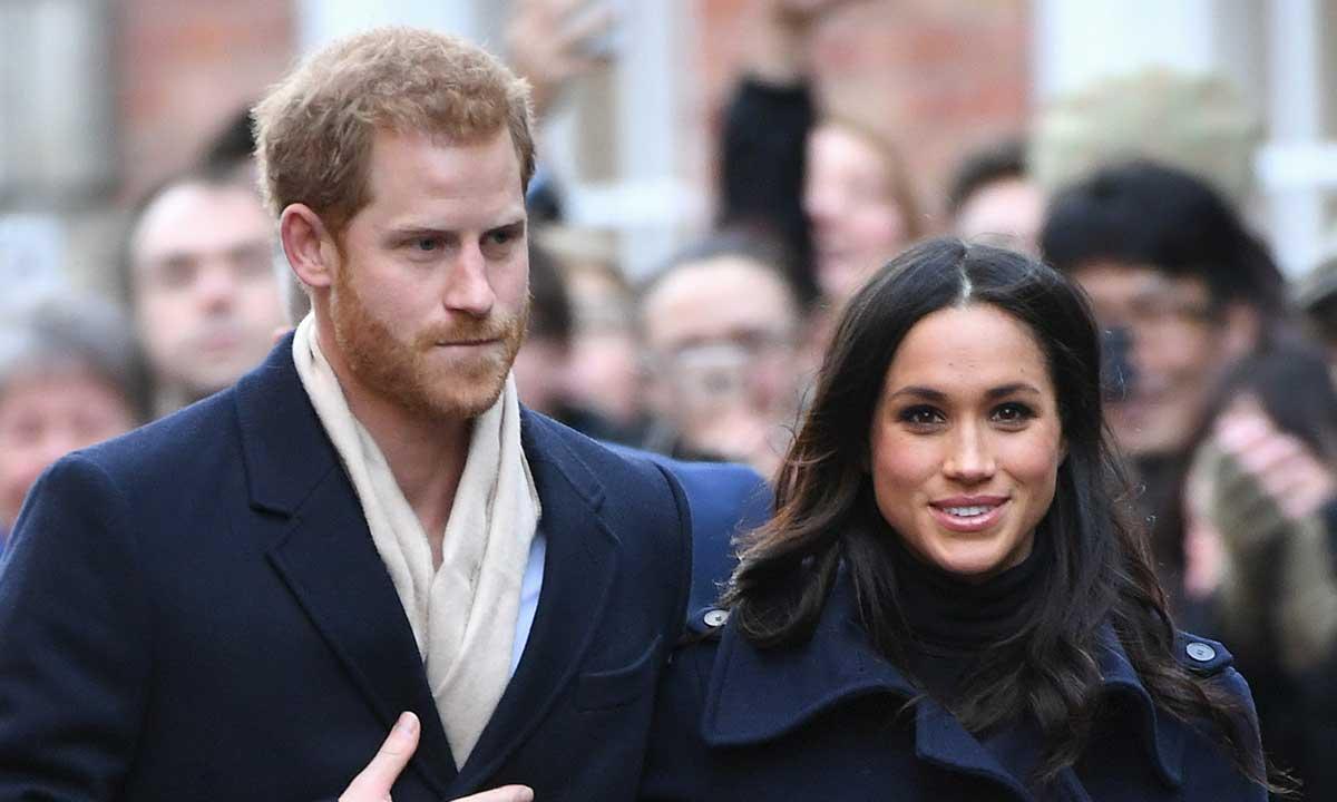 Принц Гарри и Меган Маркл пообедали в сельском пабе Rose & Crown