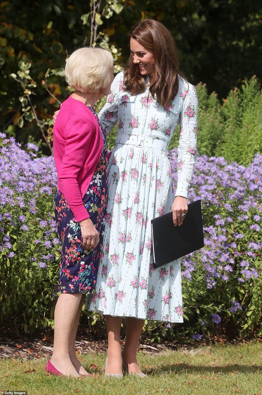Кейт Миддлтон в легком платье появилась на фестивале Back to Nature