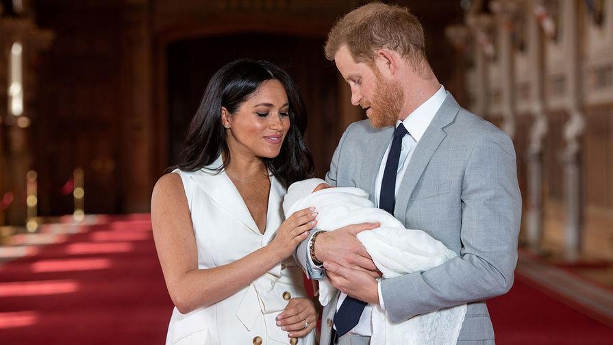 Принц Гарри и Меган Маркл отвели Арчи на простую детскую площадку