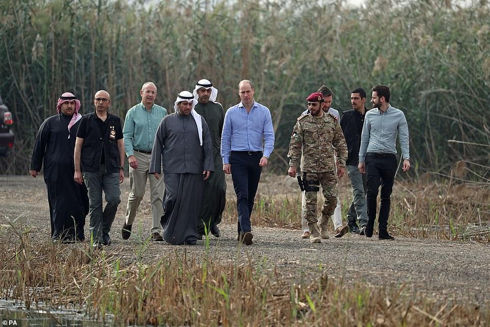 Насыщенная программа принца Уильяма в туре по Кувейту
