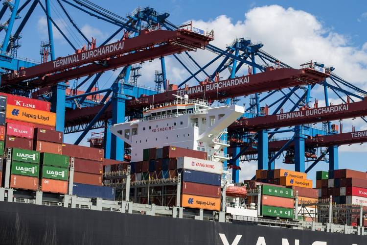 Экспорт товаров из польши компанией КАРГО