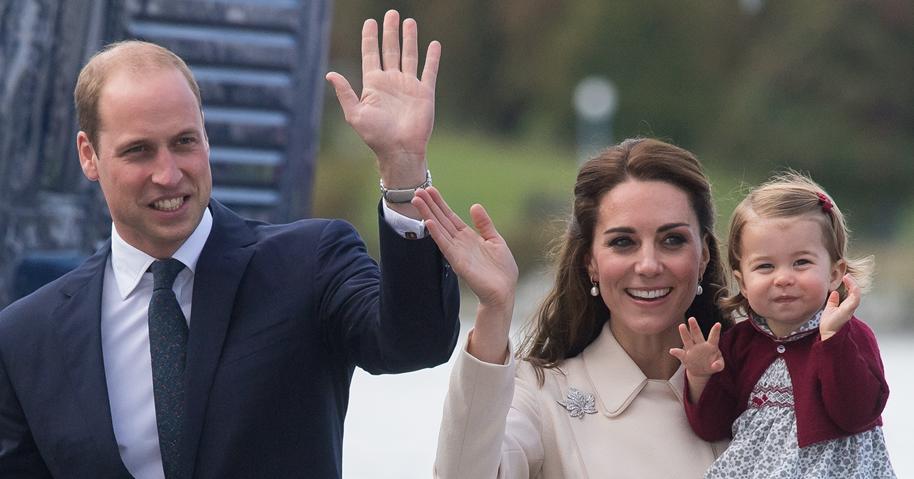 Кейт Миддлтон показала ранее неопубликованное фото принцессы Шарлотты