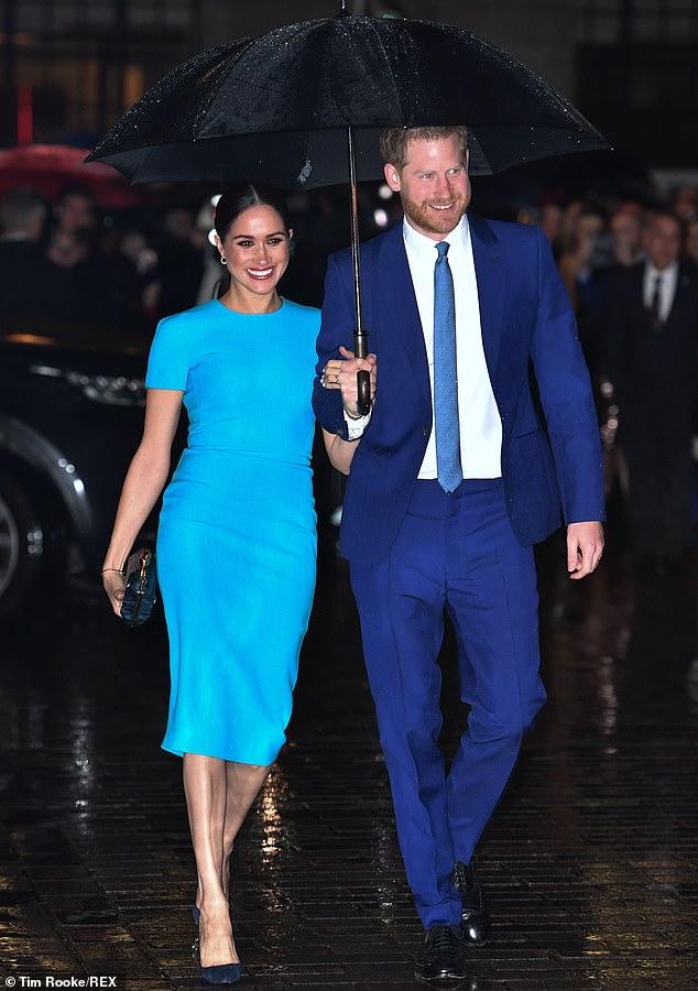 «Голливудские» фото принца Гарри и Меган Маркл взорвали сеть!