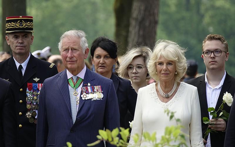 Принц Чарльз и герцогиня Камилла отменили международный тур из-за коронавируса