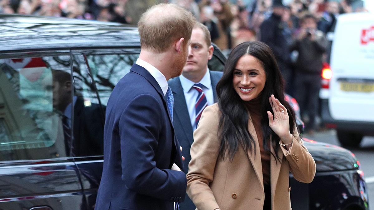 Меган Маркл придется финансово обеспечивать принца Гарри в США