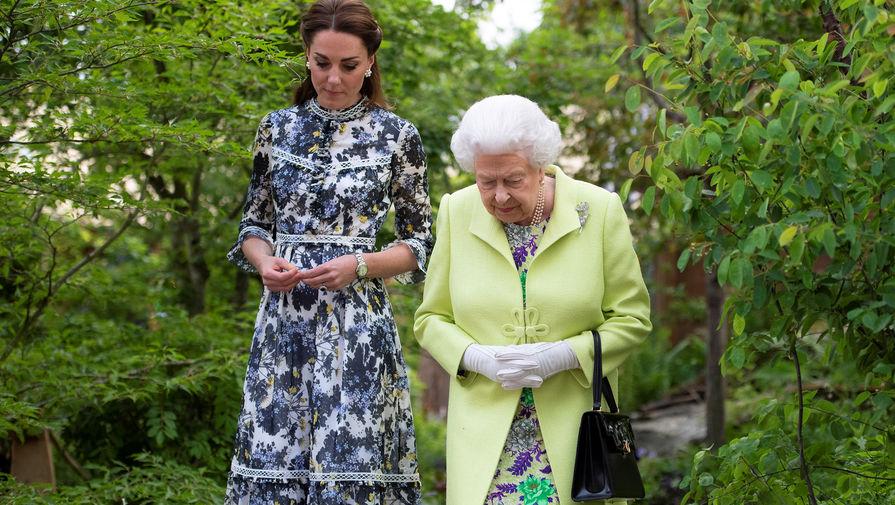 Принц Уильям и Кейт Миддлтон поздравили Елизавету II с днем рождения