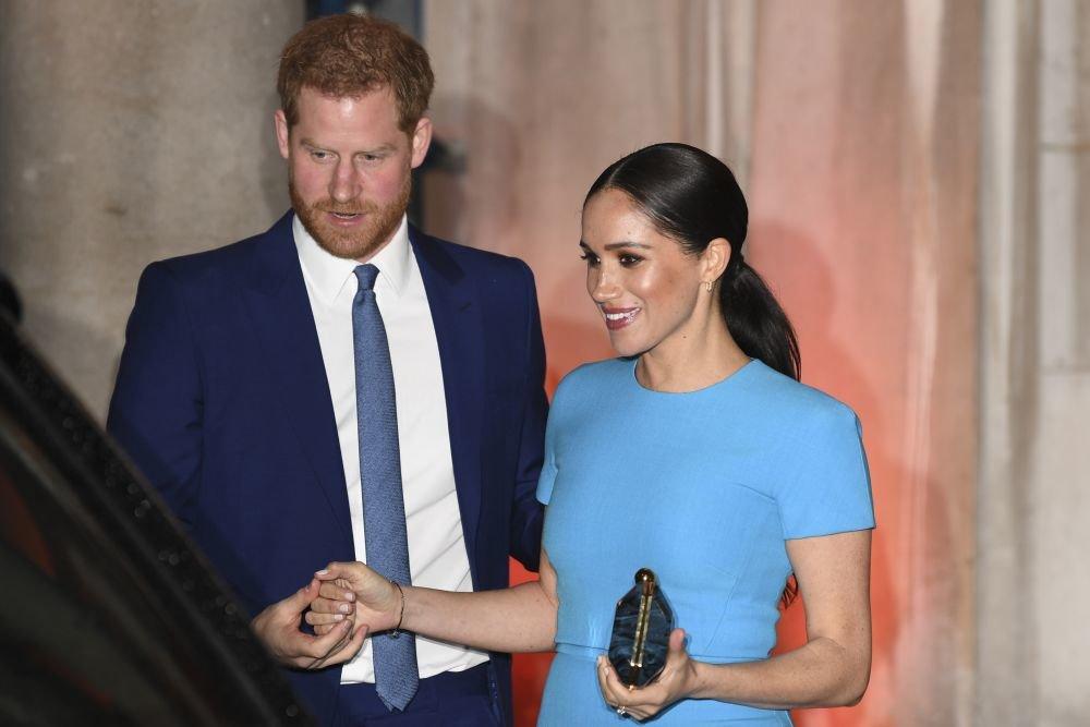 Меган Маркл сделала для принца Гарри сюрприз на заднем дворе