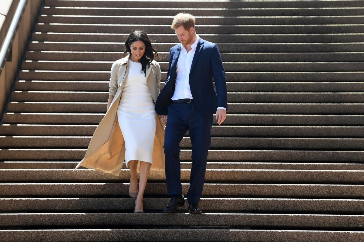 Принц Гарри решил вернуться в Великобританию без Меган Маркл – СМИ