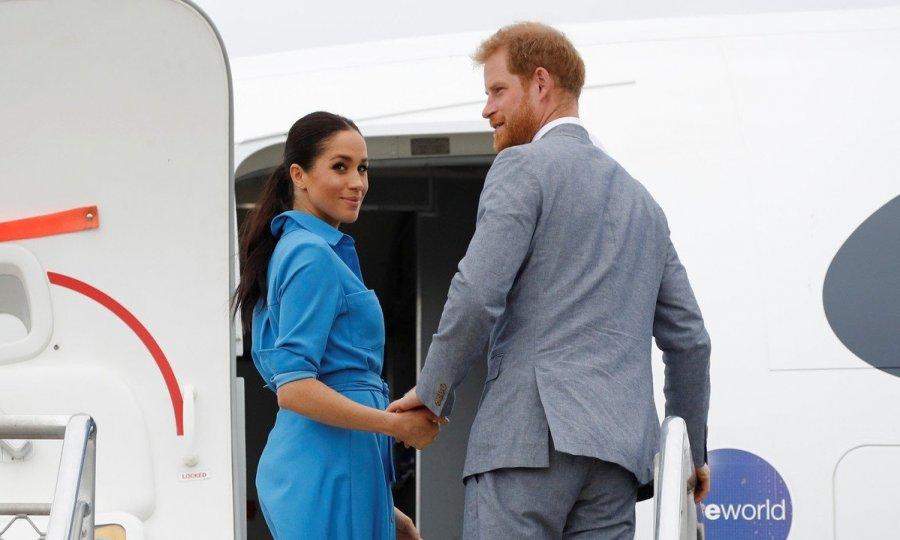 Принцу Гарри и Меган Маркл пришлось отменить поездку в Великобританию