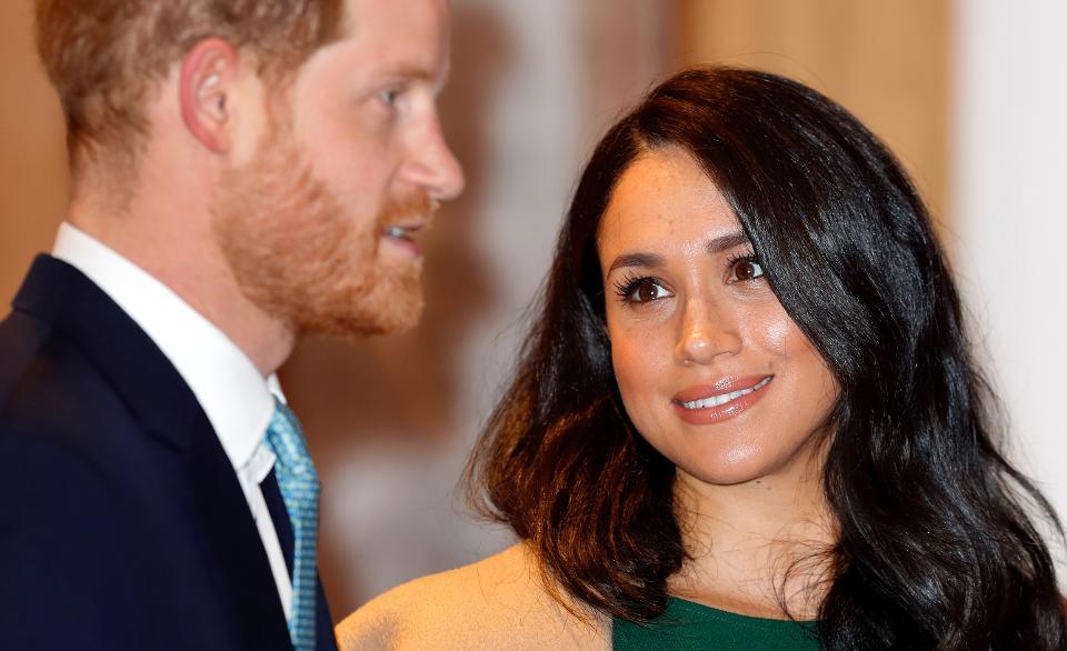 Кто помог принцу Гарри и Меган Маркл тайно перебраться в США?