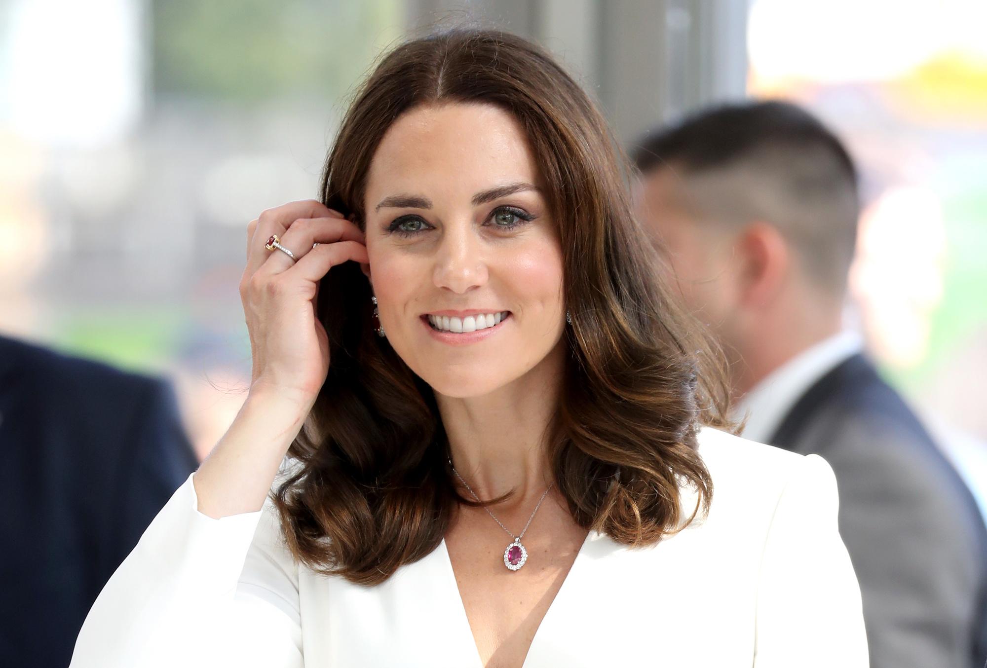 Отдохнувшая Кейт Миддлтон начала с благотворительности: герцогиня помогла детям из малообеспеченных семей