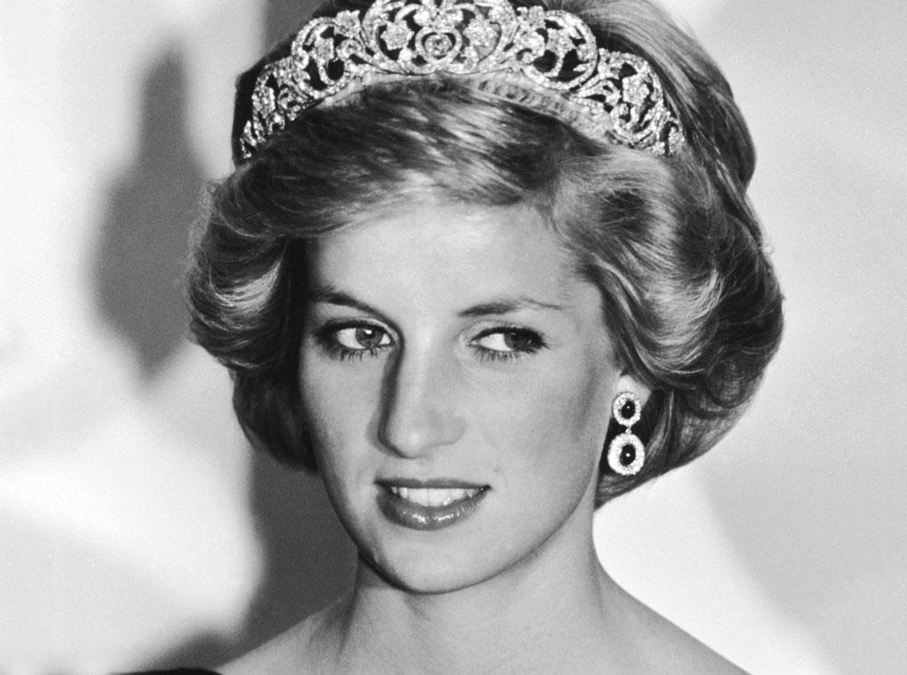 Принцесса Диана признана идеалом красоты среди королевских особ: что по внешности Меган Маркл и Кейт Миддлтон