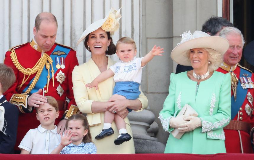 Как Кейт Миддлтон и принц Уильям поздравили герцогиню Корнуольскую с днём рождения: соцсети в помощь