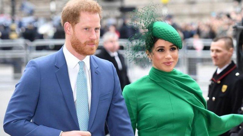 Принц Гарри и Меган Маркл попали в объектив фотокамер папарацци