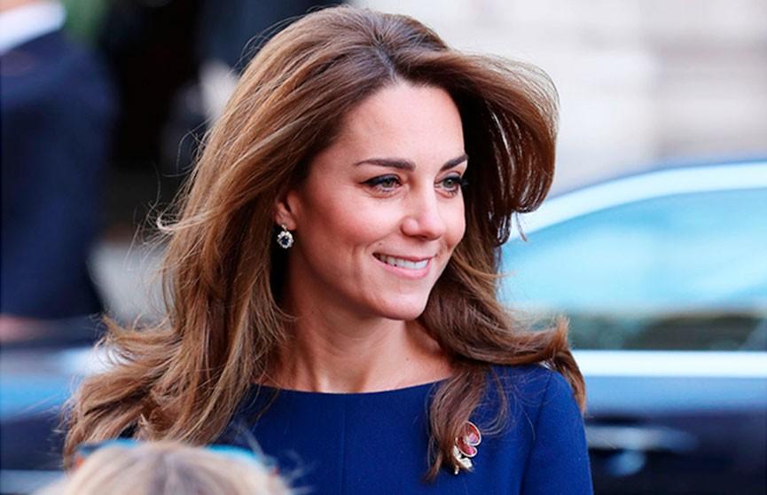 Кейт Миддлтон настоящая икона стиля: платье, как у герцогини, раскупили за несколько часов