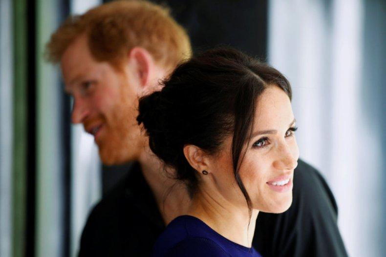 Принц Гарри и Меган Маркл почтили память принцессы Дианы визитом в детский образовательный центр
