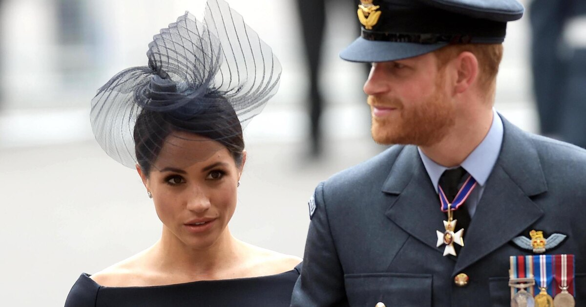 Герцог Эдинбургский считает поступок принца Гарри и Меган Маркл дезертирством