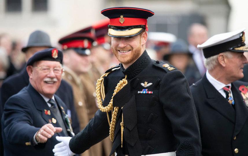 Принц Гарри хочет сохранить свои воинские звания