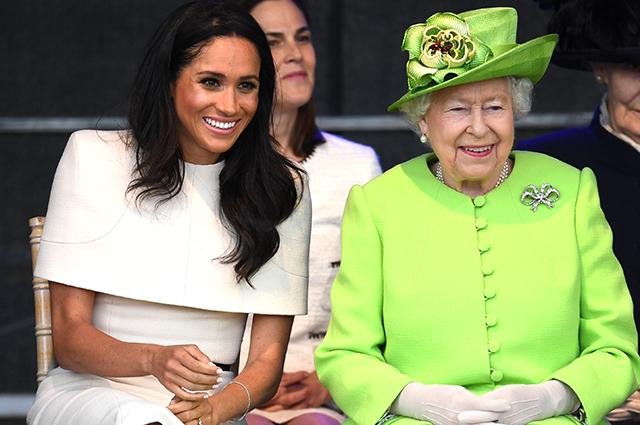 Кейт Миддлтон довела Меган Маркл до слёз, а Елизавета II укрывала колени во время совместной поездки: откровения герцогини Сассекской
