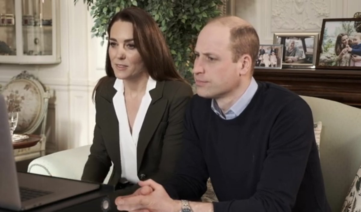 Принц Уильям и Кейт Миддлтон поговорили о вакцинации от коронавируса с людьми из группы риска