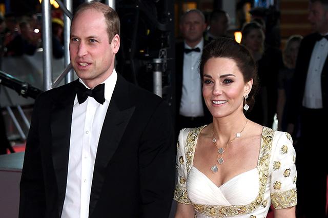 Кончина принца Филиппа внесла коррективы в рабочие планы принца Уильяма и Кейт Миддлтон: как герцоги почтили память покойного