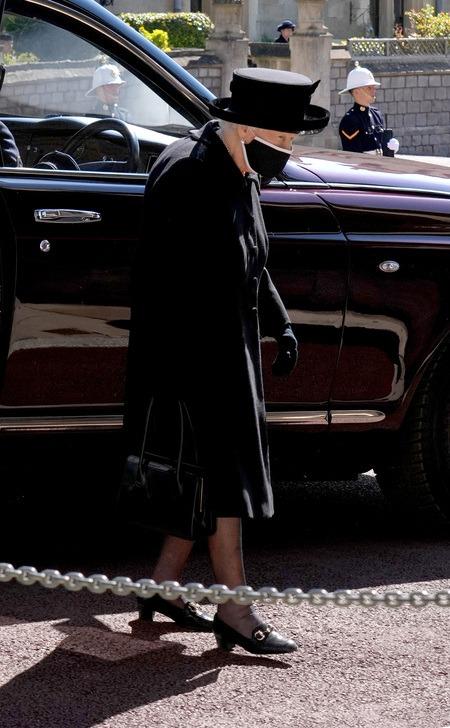 Королевская семья простилась с принцем Филиппом: подробности похорон