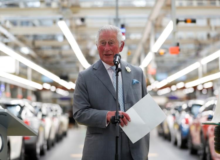 Принц Чарльз упомянул во время своего рабочего визита о рождении дочери принца Гарри и Меган Маркл
