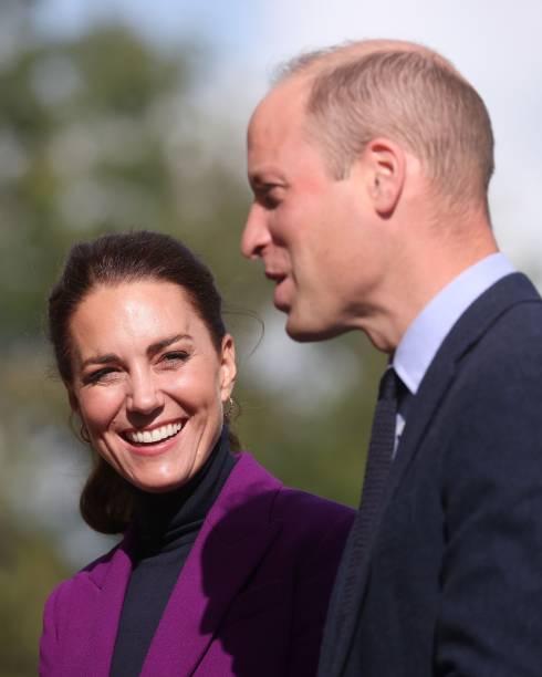 Принц Уильям и Кейт Миддлтон выпили пива со студентами-медиками